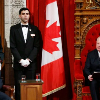 justin-trudeau-throne-speech-with-GG-sized